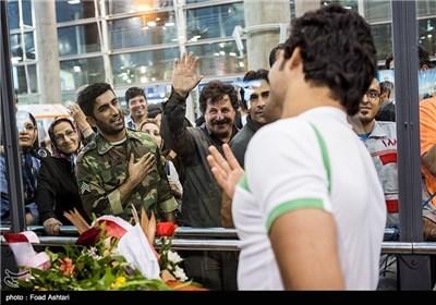 Iran Wrestling Team Returns Home