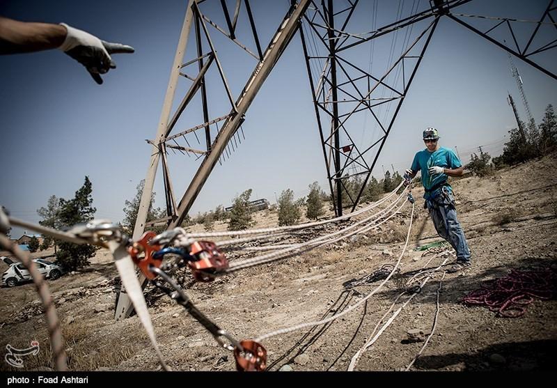 ماجراجویی دو ورزشکار تهرانی زیر 230هزار ولت آدرنالین