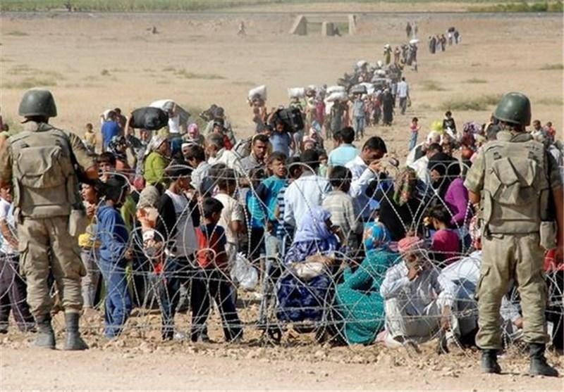 فرار 70 الف کردی سوری الى ترکیا خلال الساعات الاربع والعشرین الماضیة