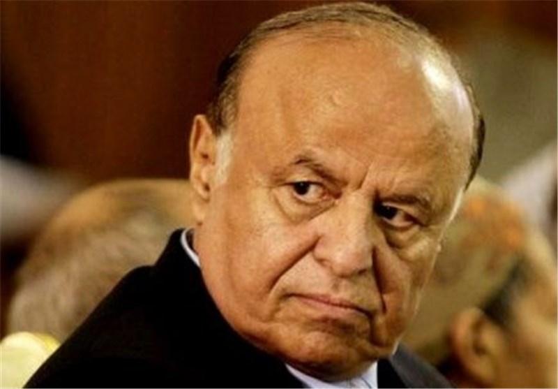 Yemeni Resigned President Flees as Saudi Air Strikes Continue