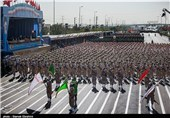 Iran Marks Nat'l Army Day with Big Military Parades