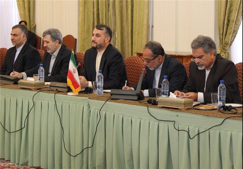 مساعد وزیر الخارجیة: ایران الاسلامیة لاتنتظر قرار الائتلاف لمکافحة الارهاب
