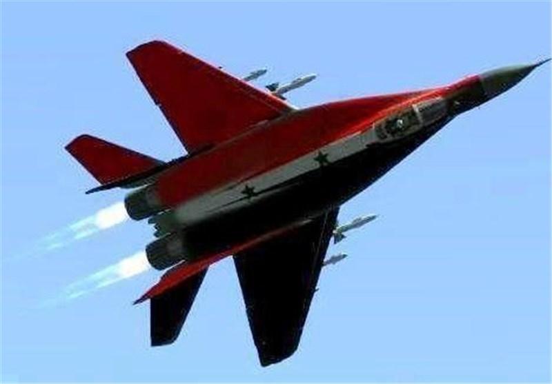 مصدر عسکری سوری : العدو الصهیونی یعتدی على طائرة سوریة فوق القنیطرة ویقوم بإسقاطها