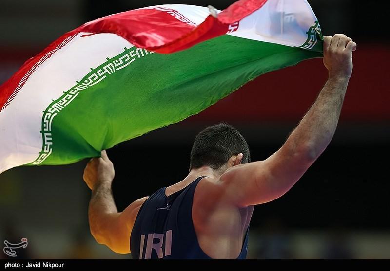 مراسم تجلیل از ورزشکاران با حضور رئیس جمهور برگزار شد/ کشتی بیشترین سکه را گرفت
