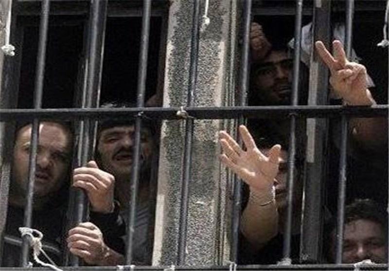 إحصائیة: اکثر من 7 آلاف أسیر فلسطینی فی سجون الاحتلال الصهیونی