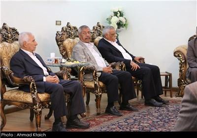 المؤتمر الصحفی للأدمیرال علی شمخانی فی دمشق