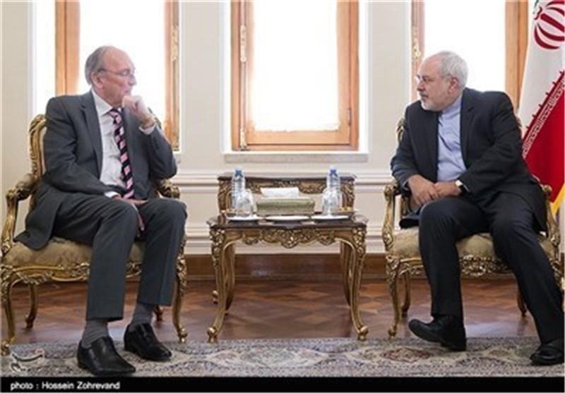 ظریف:ایران الاسلامیة تدعو الی ازالة العقبات امام تطویر العلاقات مع اوروبا