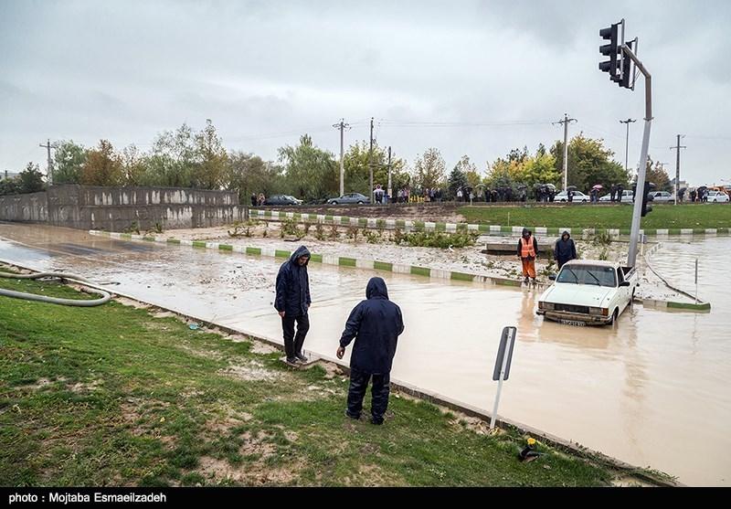 بارش شدید باران و جاری شدن سیل در ارومیه