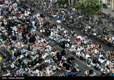 اقامة مراسم دعاء عرفة وصلاة عید الاضحی فی شتی ارجاء ایران الاسلامیة