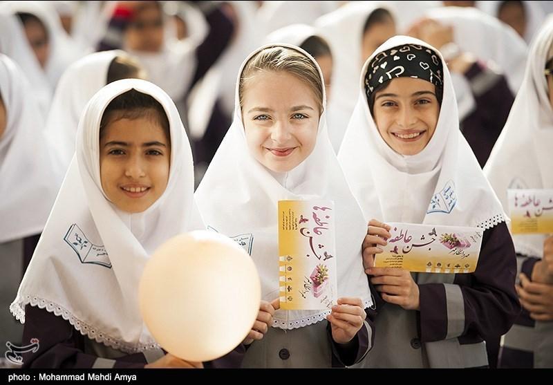آیین مهر عاطفهها در 2 هزار آموزشگاه کهگیلویه و بویراحمد برگزار شد