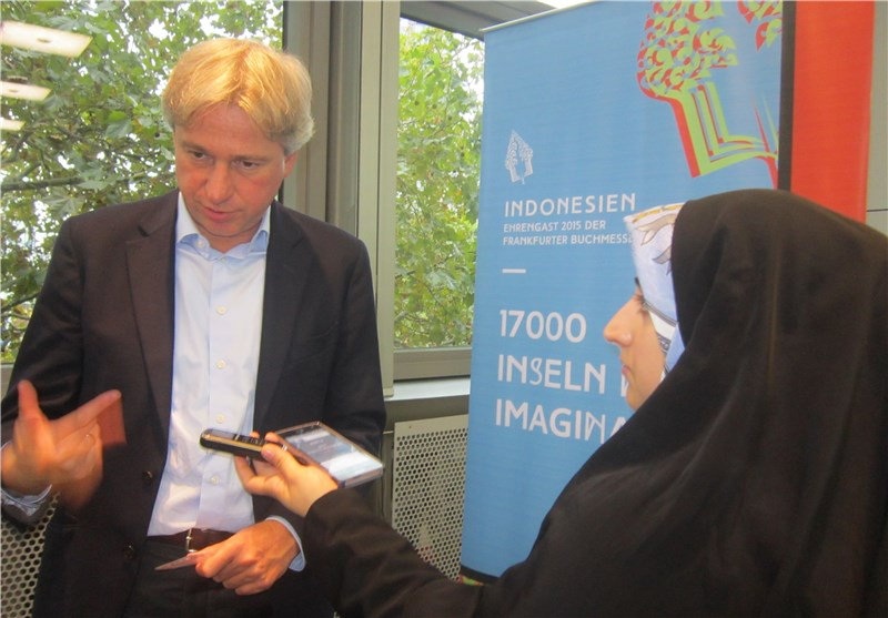 Frankfurt Book Fair Chief Talks of Opportunities for Interaction with Iran