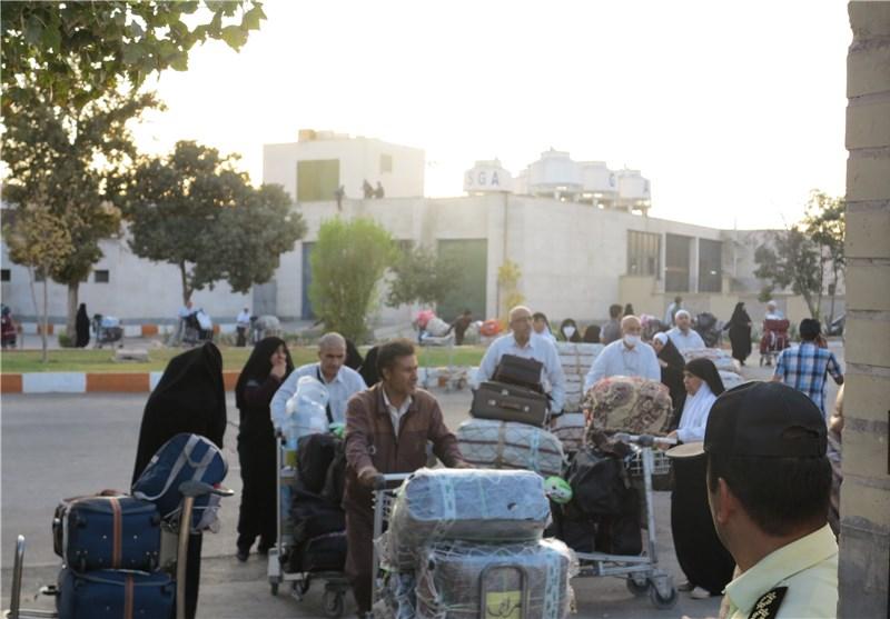 نخستین پرواز حجاج استان فارس به زمین نشست + تصاویر