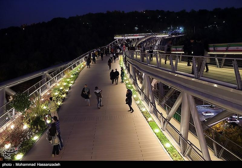 139307202051195453831454 پل طبیعت در تهران افتتاح شد + تصاویر مراسم