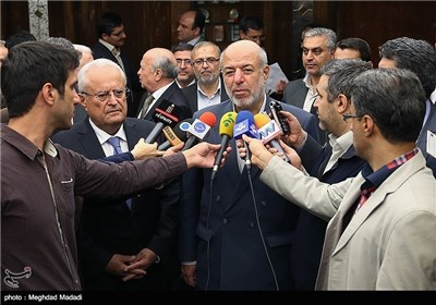 Iran, Armenia's Energy Ministers Meet in Tehran
