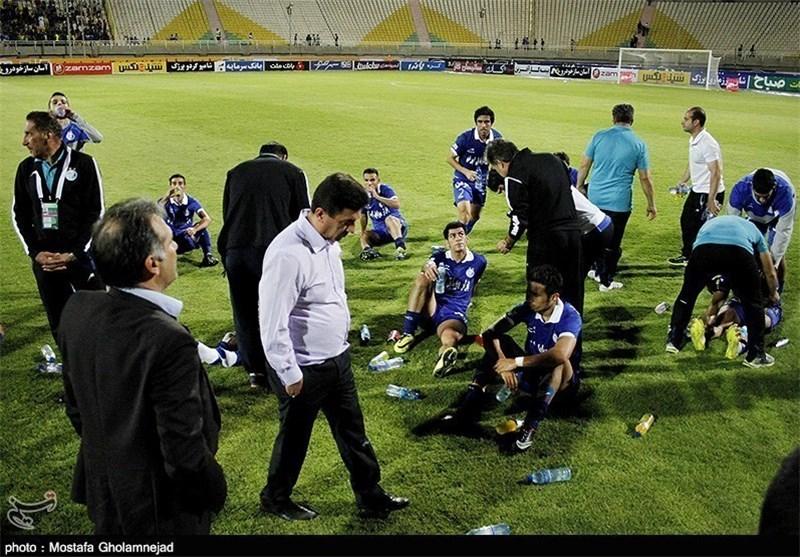 Sepahan Loses, Esteghlal Held in IPL
