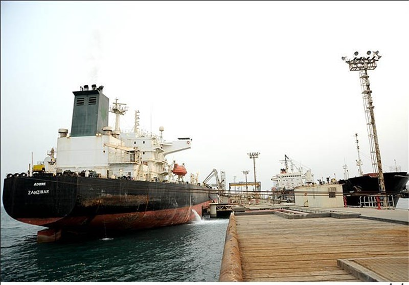 Official: Iran to Intensify Oil Diplomacy to Deal with Price Drop