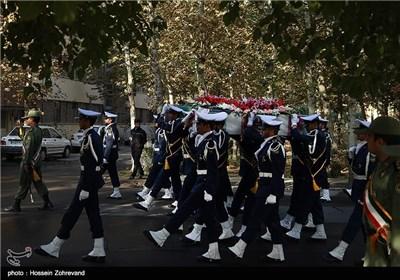 تشییع پیکر 2 شهید گمنام در ستاد نیروی هوایی ارتش