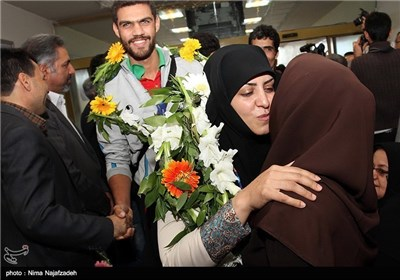 Iran's Para Games Athletes Return Home with 120 Medals