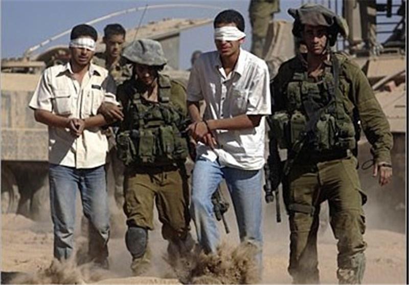 اعتقال 14 فسطینیا بالضفة والقدس والسجن 20 عاما لمن یلقی حجرا على الصهاینة
