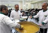 توزیع 1500 غذای متبرک میهمانسرای حضرت رضا(ع) در روستاهای محروم تایباد