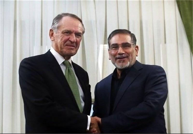 شمخانی ایران الاسلامیة مصممة على استمرار المفاوضات مع 5+1 والتعاون مع الوکالة الدولیة