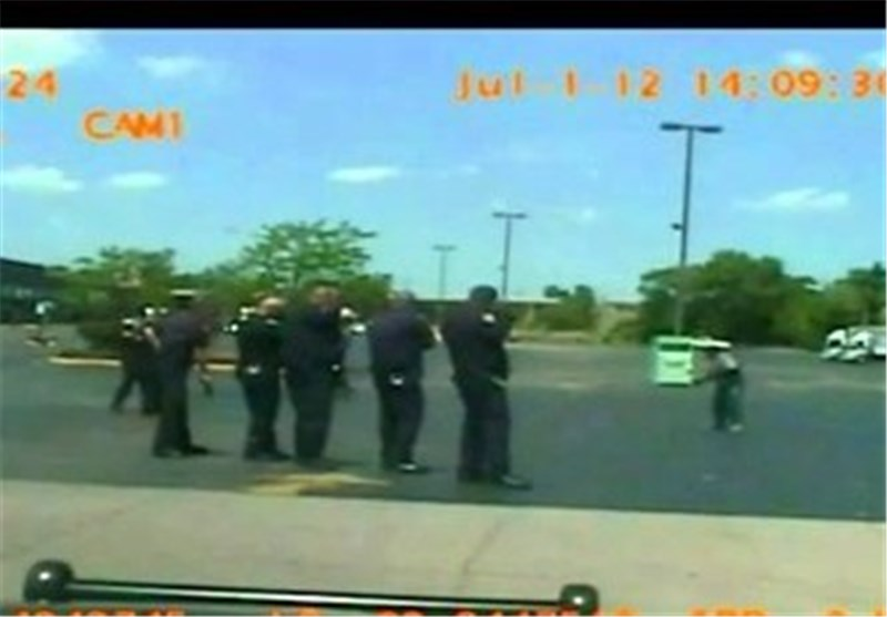 Footage Shows Homeless Black Man Being Shot at 46 Times by US Police in Michigan
