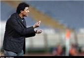 حیاتپور: پیکان و مرفاوی با بازیکنان ما مذاکره کرده باشند، از آنها شکایت میکنیم