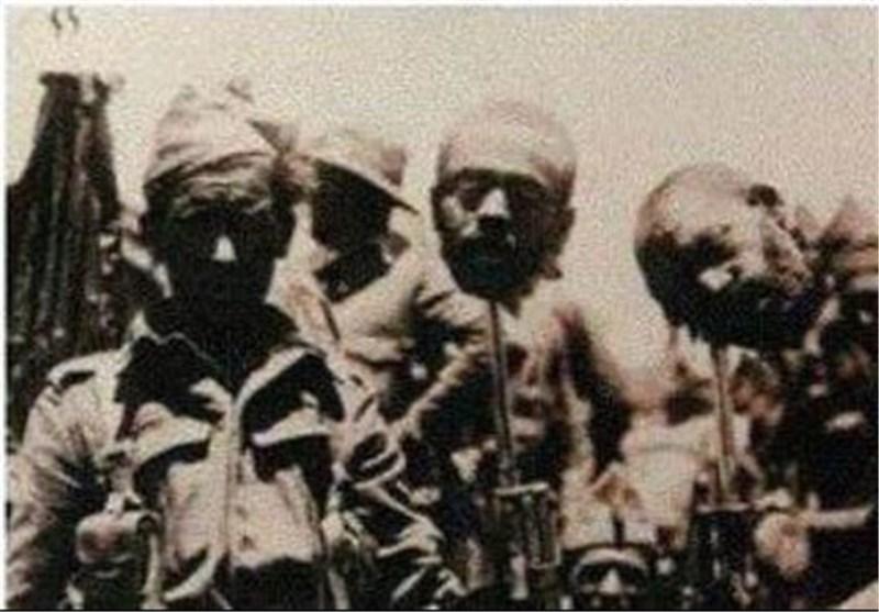 سرهای بریده مسلمانان روی سرنیزه سربازان فرانسوی