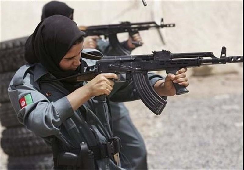 افسر زن افغان