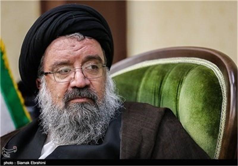 """آیة الله خاتمی : کل صوت أدلى به الشعب یشکل """"نعم"""" أخرى للنظام الاسلامی"""