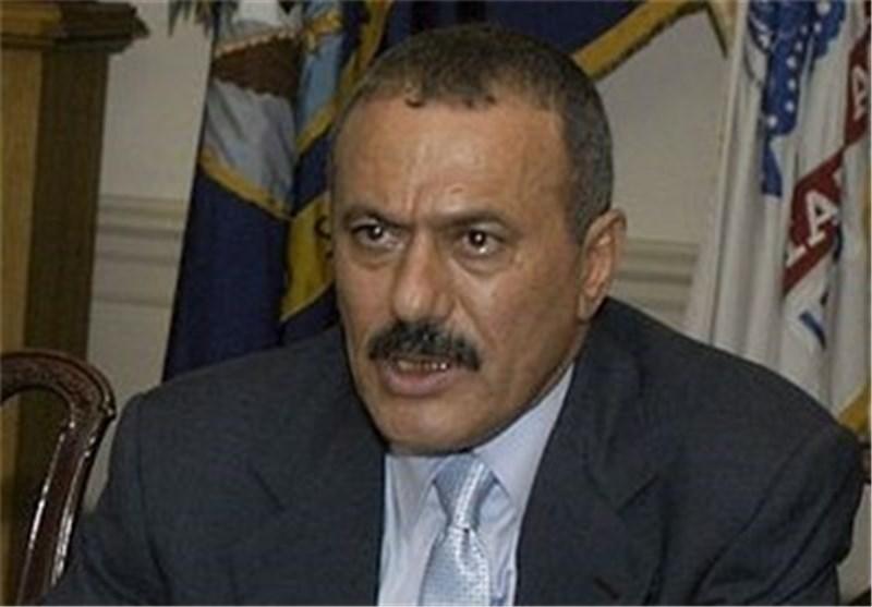 حزب عبد الله صالح یعاقب هادی بعزله من منصب الامین العام