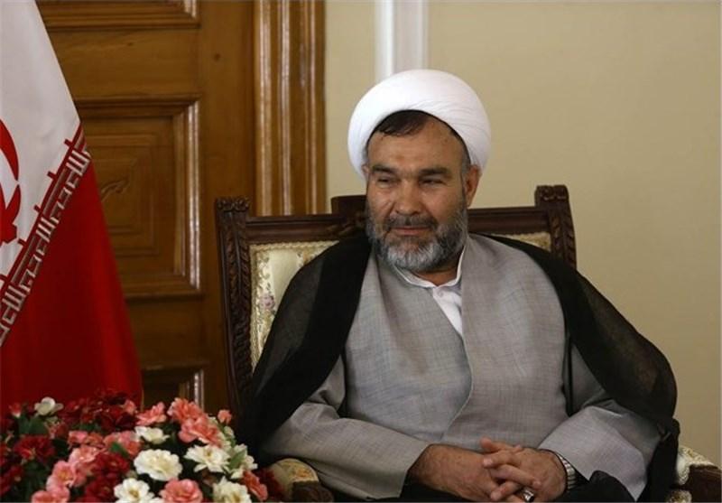نائب بمجلس الشوری الاسلامی: التشیع الانجلیزی نظیر الاسلام الامریکی خاوی وباطل