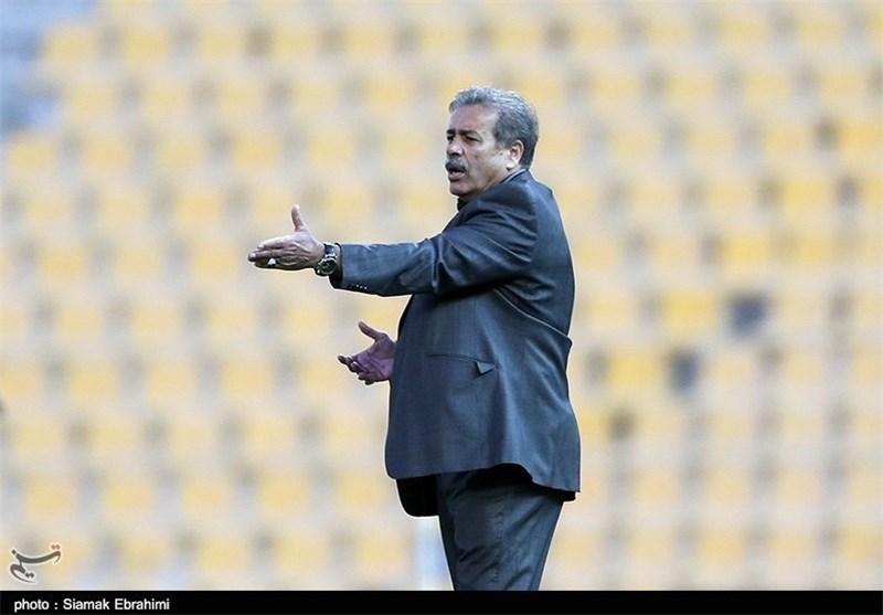 ابراهیمزاده: کارمان سخت است اما باید در سختیها برای موفقیت تلاش کرد/ مقابل پرسپولیس باز بازی نکردیم