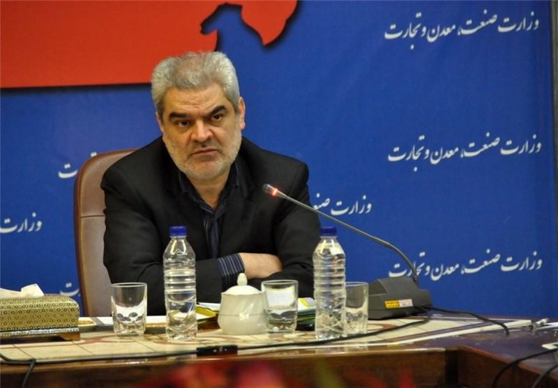 معاون وزیر صنعت در کاشان دچار سانحه شد