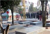 حضور معاون روابط عمومی سپاه پاسداران بر مزار خبرنگار شهید در ارومیه
