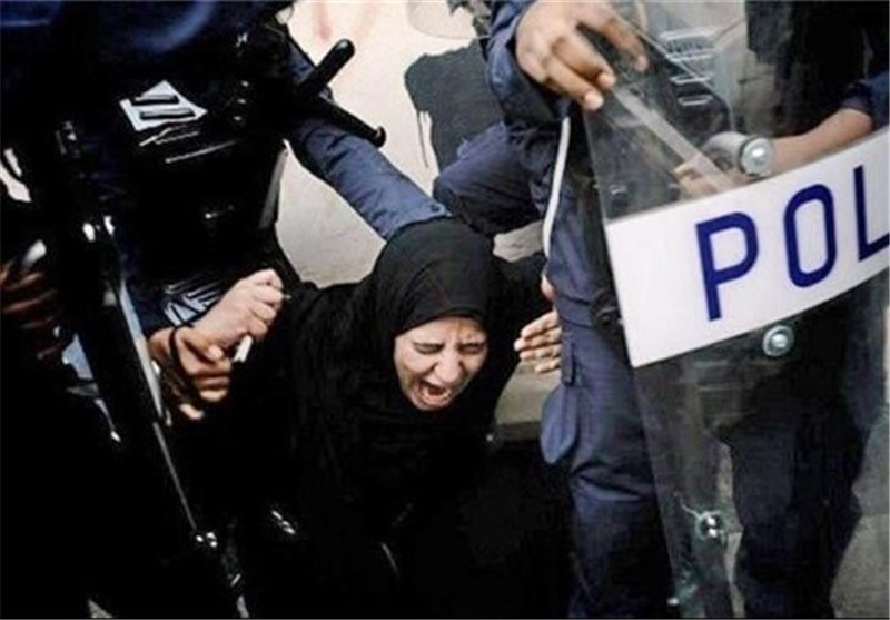 Bahraini Regime Arrests Female Activists Demanding Referendum