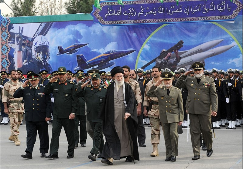 Leader Lauds Iranian Armed Forces' Might