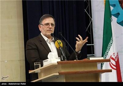 سخنرانی ولی الله سیف رئیس کل بانک مرکزی در دومین همایش بینالمللی فرصتهای سرمایهگذاری استان همدان
