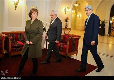 دیدار سه جانبه جان کری وزیر امور خارجه آمریکا، کاترین اشتون هماهنگ کننده گروه 1+5 و محمدجواد ظریف وزیر امور خارجه ایران - وین