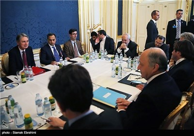 Senior Negotiating Diplomats Meet as Fourth day of Nuclear Talks Ends