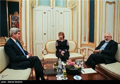 Zarif, Ashton, Kerry Meet on 5th Day of Nuclear Talks