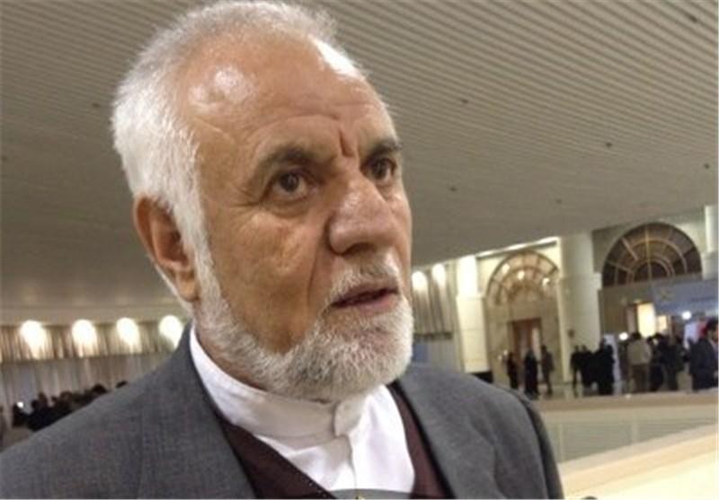 امام و انقلابیون نگذاشتند دولت بازرگان، مهاجرین افغان را در اردوگاهها نگه دارد