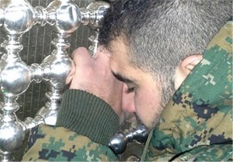 """حزب الله لبنان یحرّر احد اسراه لدى""""الجیش السوری الحرّ"""""""