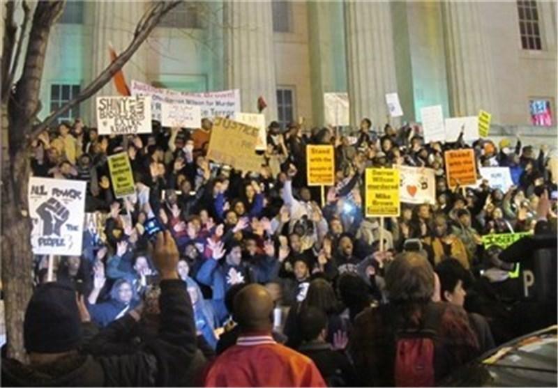 استمرار التظاهرات الاحتجاجیة فی العاصمة الامریکیة + صور وفیدیو