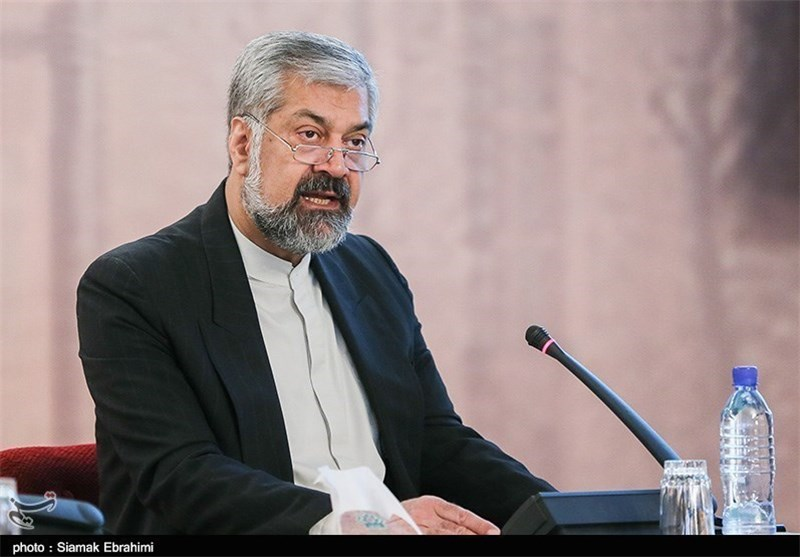 Iran Urges Diplomatic Missions to Help Boost Non-Oil Exports