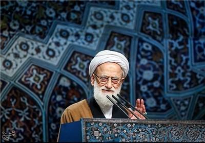خطیب جمعة طهران: العدو یخطط لزعزعة الامن فی البلاد