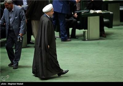 روحانی برای دفاع از آخوندی و ربیعی به مجلس نمی آید؟