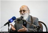 سخنرانی مهدی چمران رئیس شورای شهر تهران در مراسم بزرگداشت روز دانشجو در دانشگاه تهران