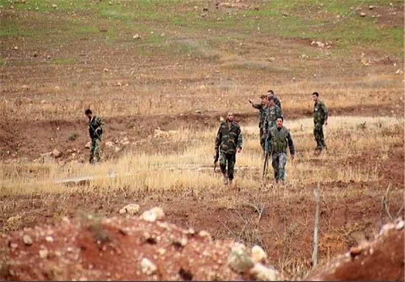 """الجیش السوری یکبد """"الدواعش"""" خسائر فادحة فی محیط مطار دیر الزور العسکری شرق سوریا"""