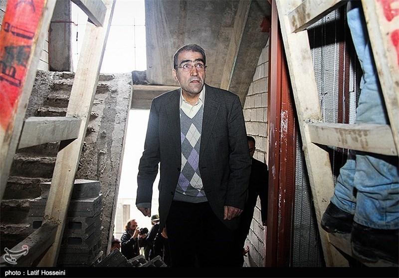 وزیر بهداشت بر سر دوراهی؛ نگرانی از جمع آوری بازار فروش کلیه